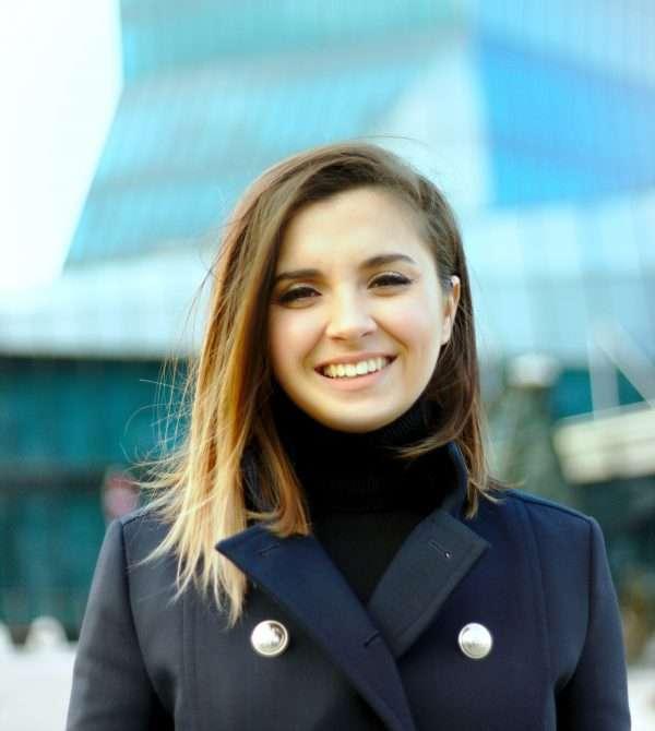 Портретна снимка на Ина Иванова